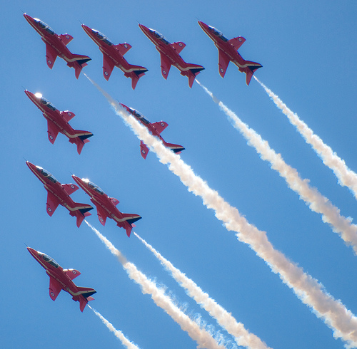 red arrows teamwork